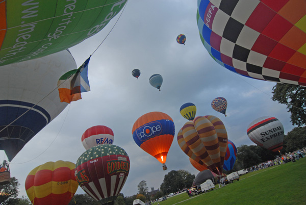 Waterford Airport sponsor the 38th Irish Hot Air Ballooning Championship image
